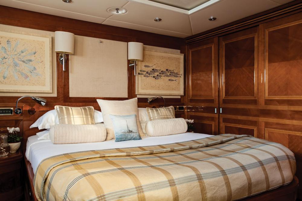 METSUYAN IV - Luxury Motor Yacht For Charter - 3 DOUBLE CABINS - Img 1 | C&N