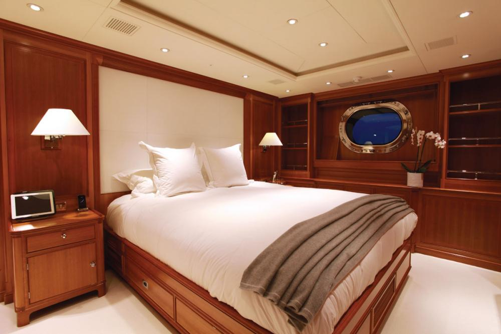 SILENCIO - Luxury Sailing Yacht For Sale - Master Cabin  - Img 1   C&N