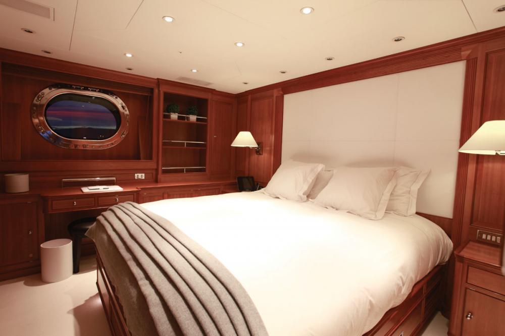 SILENCIO - Luxury Sailing Yacht For Sale - Master Cabin  - Img 2   C&N