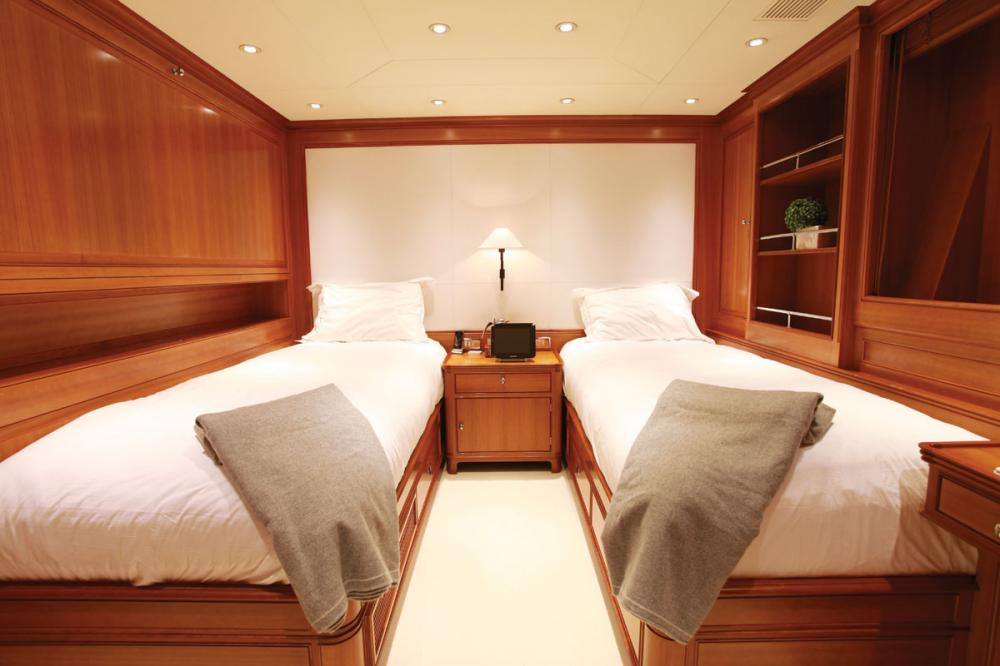 SILENCIO - Luxury Sailing Yacht For Sale - Four Guest Cabins - Img 1   C&N