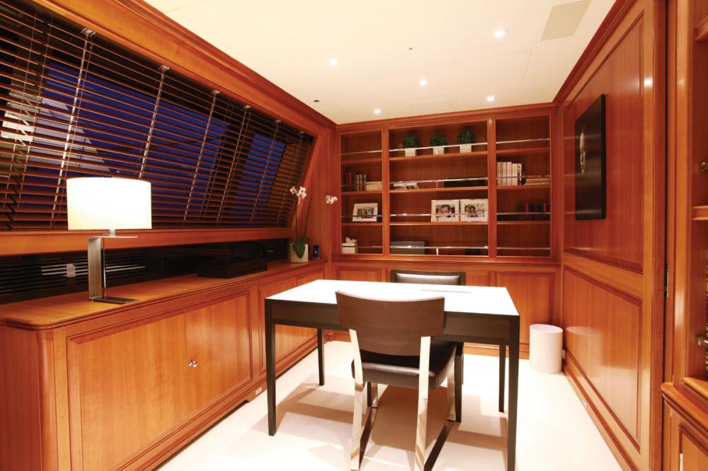SILENCIO - Luxury Sailing Yacht For Sale - Master Cabin  - Img 3   C&N