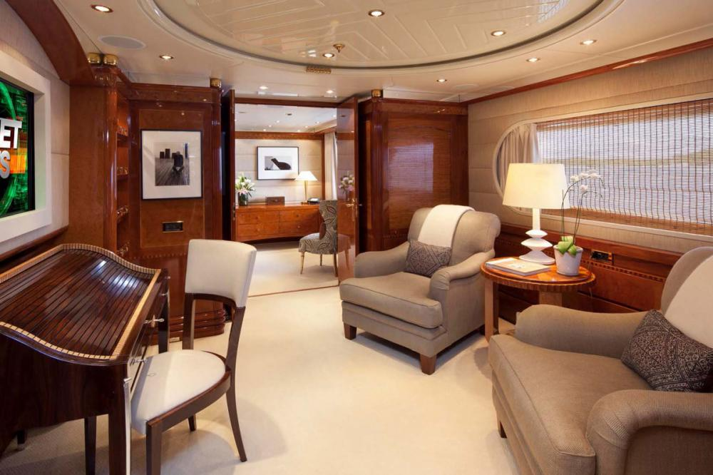 STARFIRE - Luxury Motor Yacht For Charter - Master Suite - Img 3 | C&N
