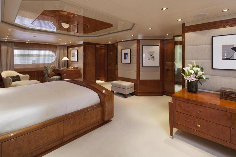 STARFIRE - Luxury Motor Yacht For Charter - Master Suite - Img 2 | C&N