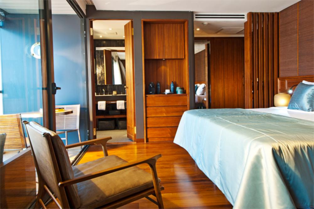 AQUA MEKONG - Luxury Motor Yacht For Charter - CALIFORNIA KING SETUP - Img 2   C&N