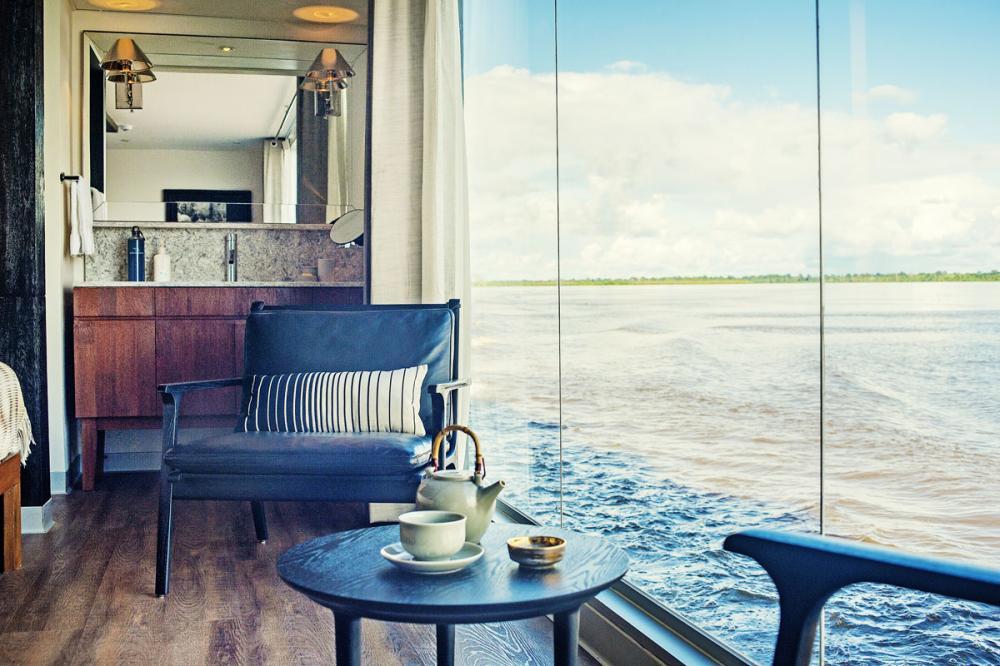ARIA AMAZON - Luxury Motor Yacht For Charter - TWIN SETUP - Img 2   C&N