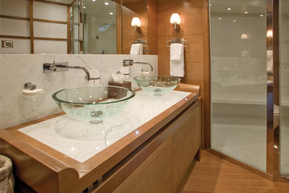PANTALA - Luxury Motor Yacht For Sale - Twin Cabin - Img 2 | C&N