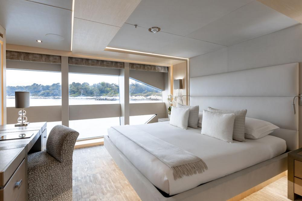 ARADOS - Luxury Motor Yacht For Charter - 1 VIP & 2 DOUBLE CABINS - Img 1 | C&N