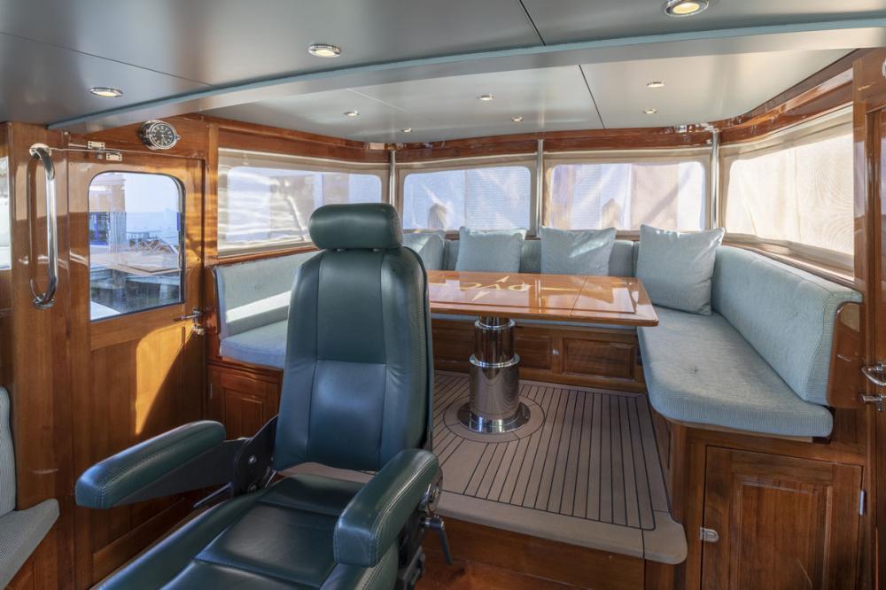 DE VROUWE CHRISTINA - Luxury Sailing Yacht For Sale - BRIDGE - Img 1 | C&N