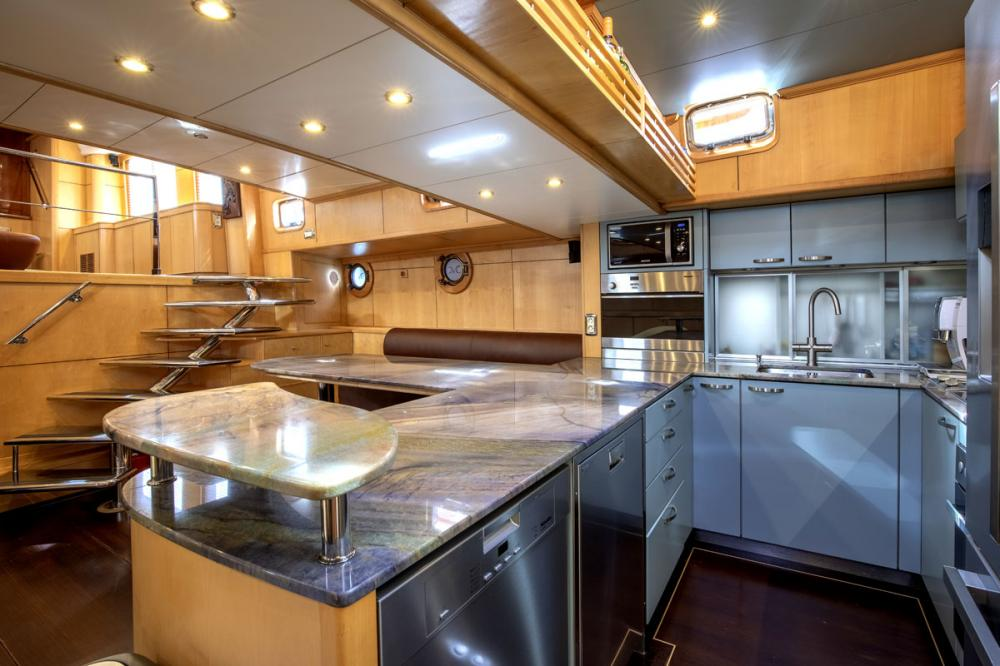 DE VROUWE CHRISTINA - Luxury Sailing Yacht For Sale - GALLEY - Img 2 | C&N