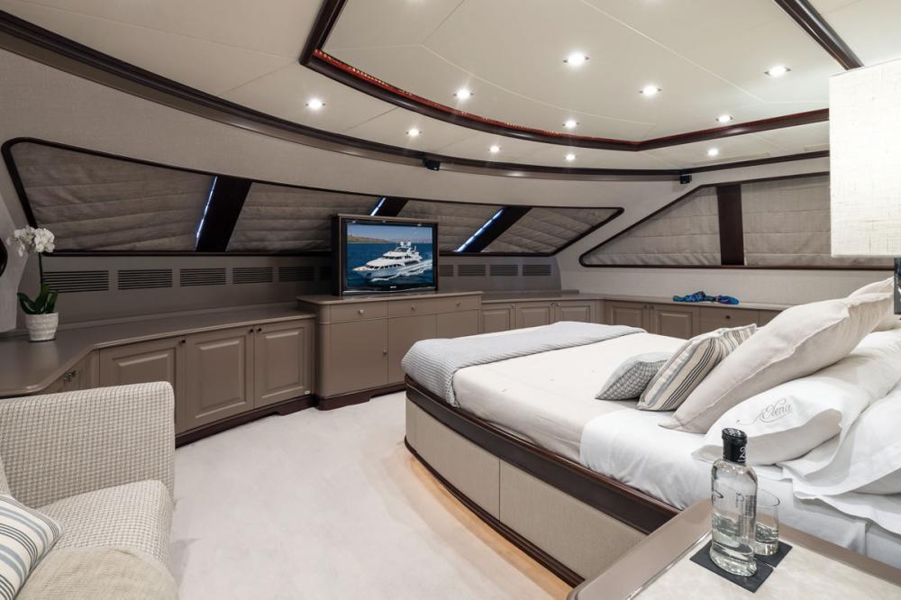 ELENA NUEVE - Luxury Motor Yacht For Charter - 1 MASTER CABIN - Img 1 | C&N