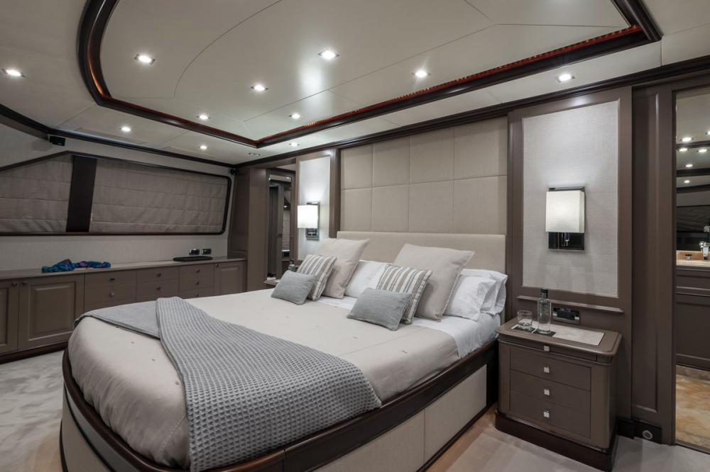 ELENA NUEVE - Luxury Motor Yacht For Charter - 1 MASTER CABIN - Img 2 | C&N