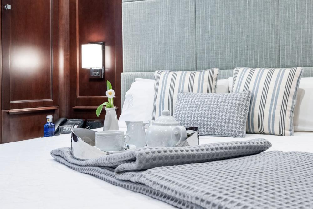ELENA NUEVE - Luxury Motor Yacht For Charter - 2 DOUBLE CABINS - Img 2 | C&N