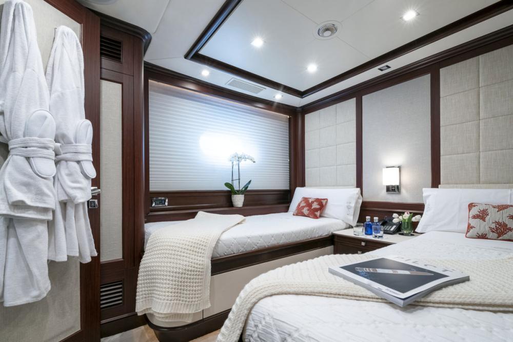 ELENA NUEVE - Luxury Motor Yacht For Charter - 2 TWIN CABINS - Img 1 | C&N
