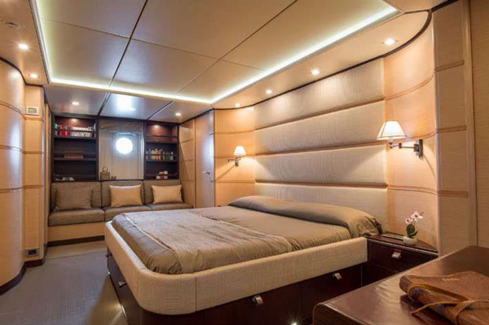 Indian - Luxury Motor Yacht For Sale - 1 MASTER CABIN - Img 1 | C&N