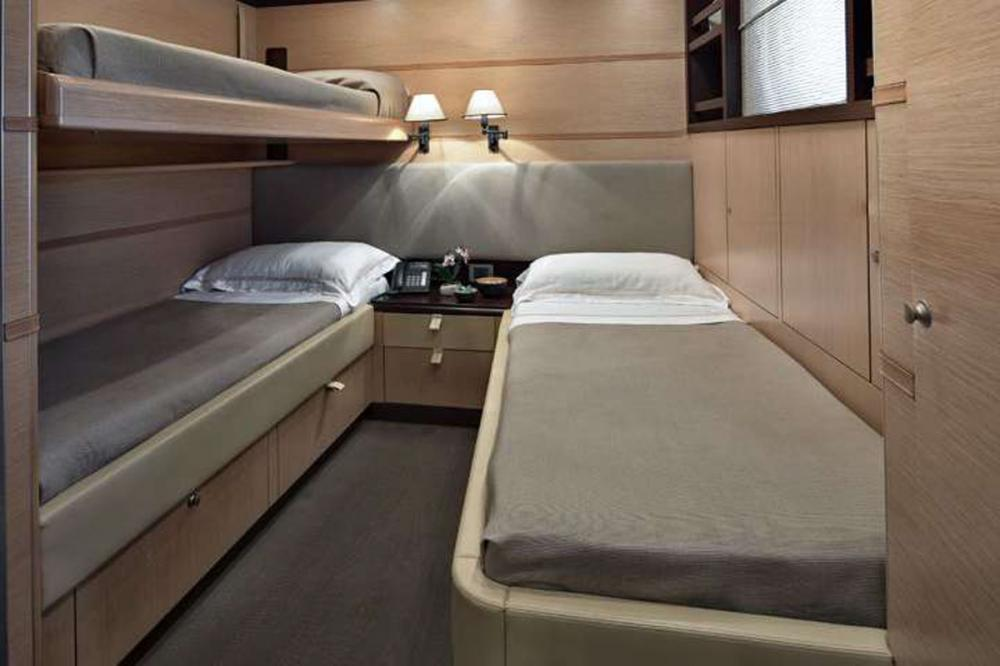 Indian - Luxury Motor Yacht For Sale - 2 TWIN CABINS - Img 1 | C&N