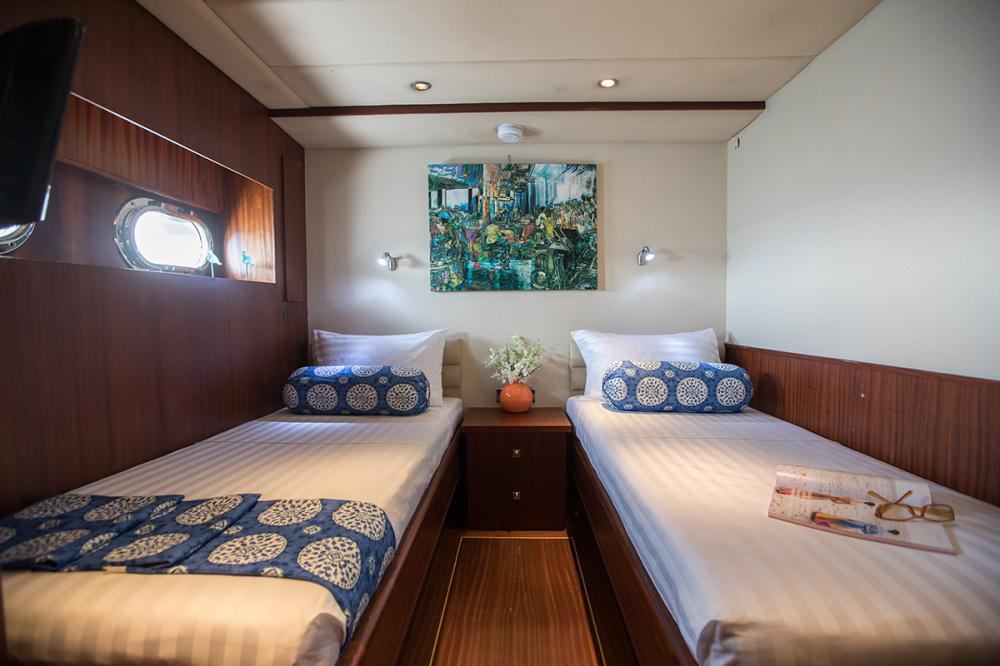ORIENT PEARL - Luxury Sailing Yacht For Charter - 1 MASTER CABIN   2 DOUBLE CABINS   2 TWIN CABINS - Img 4   C&N
