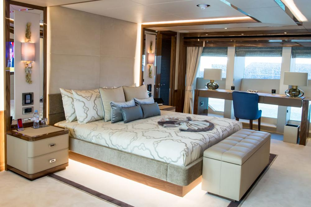 PRINCESS AVK - Luxury Motor Yacht For Charter - 1 MASTER CABIN - Img 2 | C&N