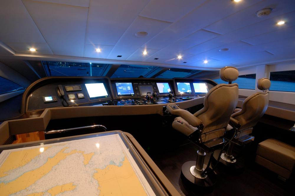 PURE ONE - Luxury Motor Yacht For Sale - BRIDGE - Img 1 | C&N