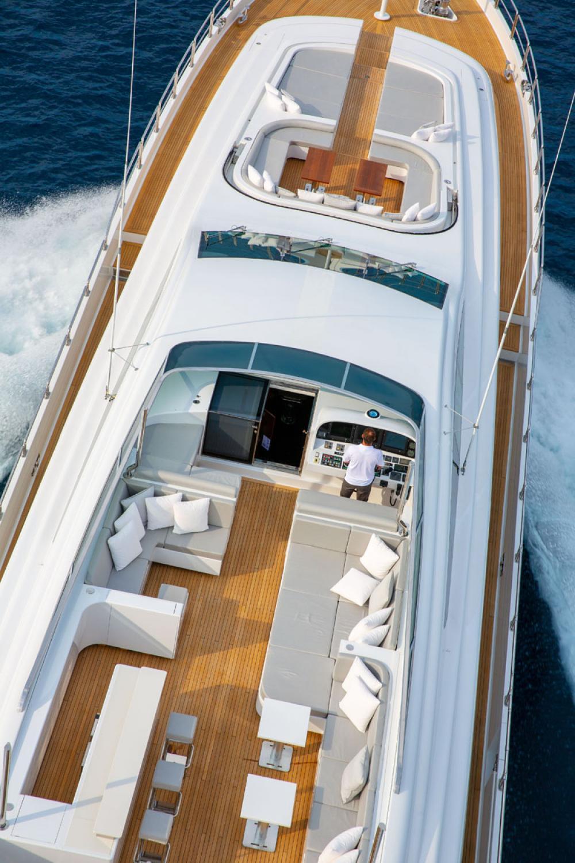 PURE ONE - Luxury Motor Yacht For Sale - BRIDGE - Img 2 | C&N