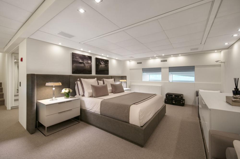 PURE ONE - Luxury Motor Yacht For Sale - 1 MASTER CABIN - Img 1 | C&N