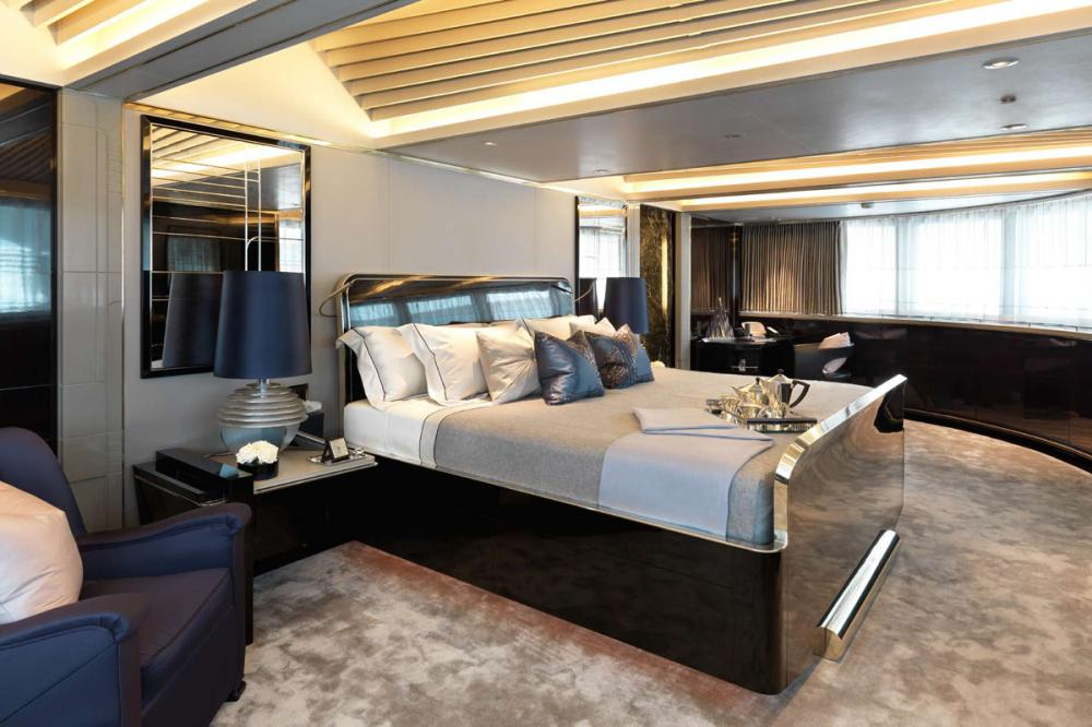 SEALYON - Luxury Motor Yacht For Charter - 1 MASTER CABIN - Img 1   C&N