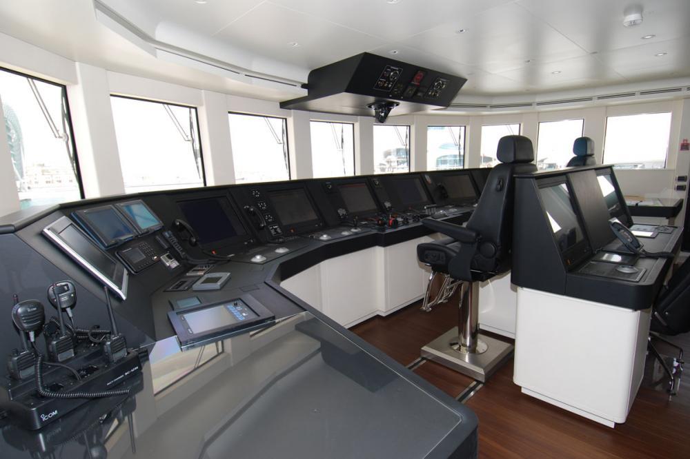ROMA - Luxury Motor Yacht For Charter - BRIDGE - Img 1 | C&N