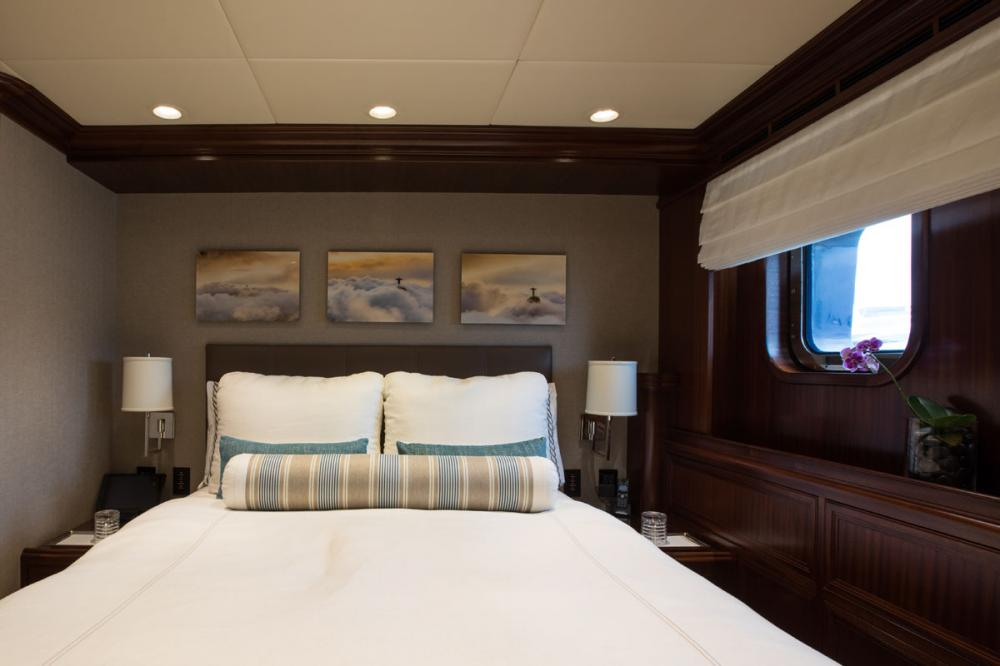 SAFIRA - Luxury Motor Yacht For Sale - 2 DOUBLE CABINS - Img 2 | C&N