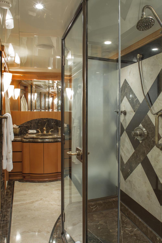 SAVANNAH - Luxury Motor Yacht For Charter - 1 MASTER CABIN - Img 3   C&N