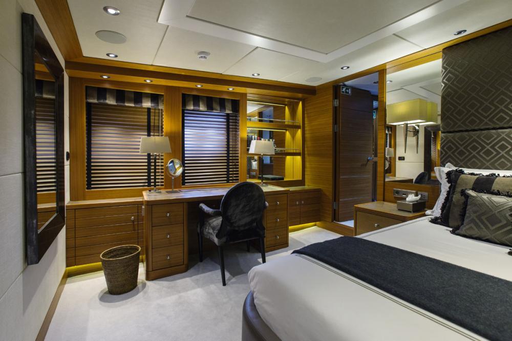 SHAKE N' BAKE TBD - Luxury Motor Yacht For Charter - 1 MASTER CABIN - Img 2 | C&N