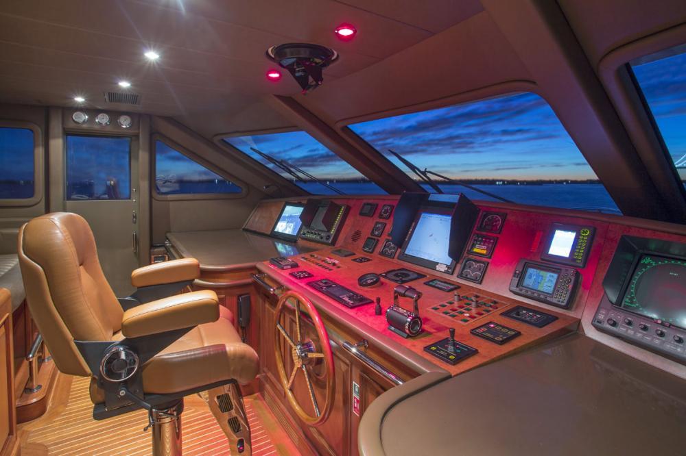 SIETE - Luxury Motor Yacht For Charter - BRIDGE - Img 1 | C&N