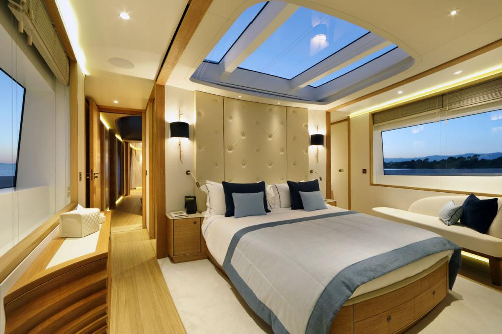SOLIS - Luxury Motor Yacht For Charter - 1 DOUBLE CABIN - Img 1 | C&N