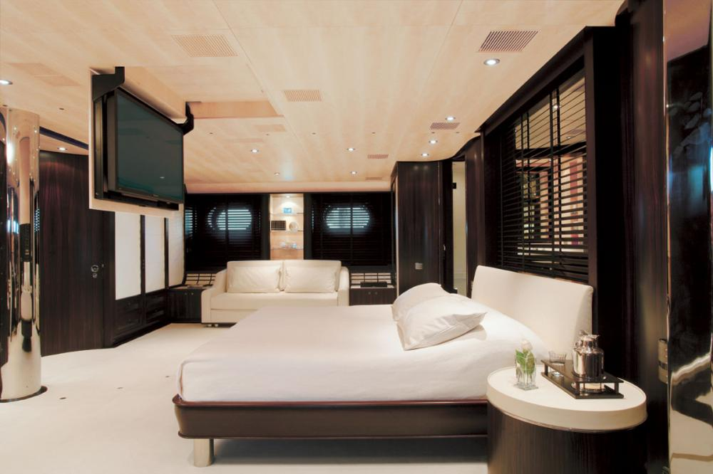 PARSIFAL III - Luxury Sailing Yacht For Charter - 1 MASTER CABIN - Img 2   C&N