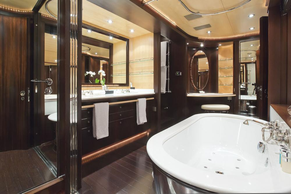 PARSIFAL III - Luxury Sailing Yacht For Charter - 1 MASTER CABIN - Img 3   C&N