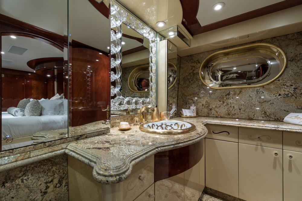 TOUCH - Luxury Motor Yacht For Charter - 1 MASTER CABIN - Img 4 | C&N