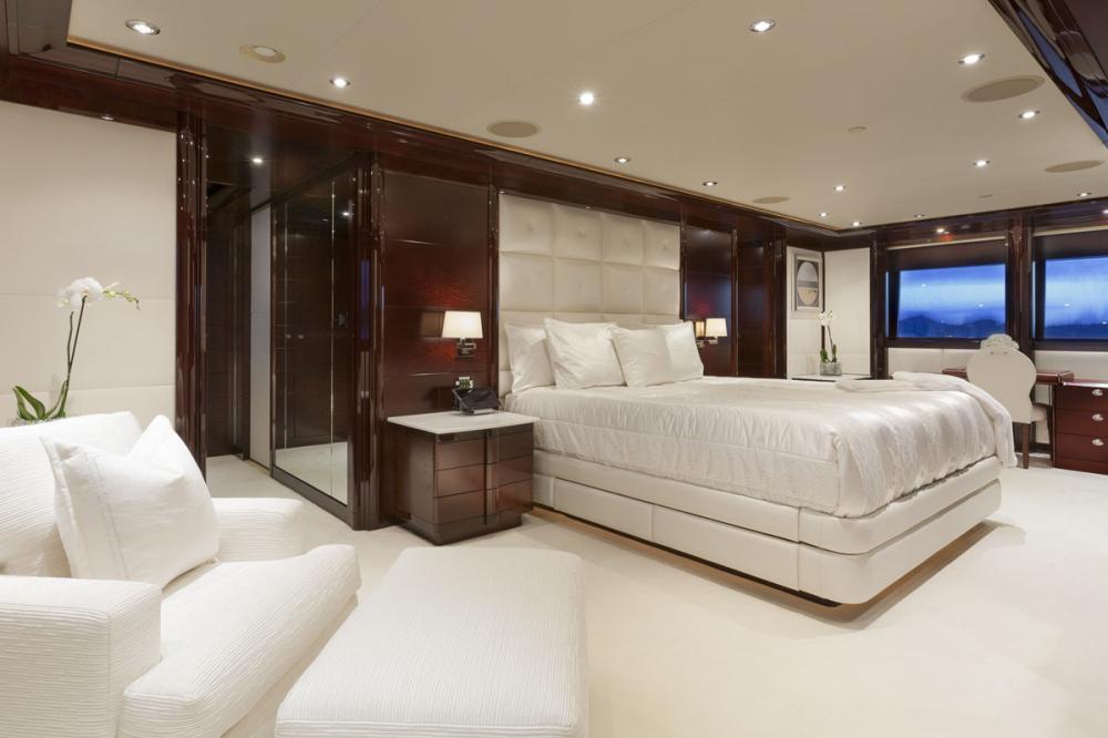 TRENDING - Luxury Motor Yacht For Charter - 1 MASTER CABIN - Img 1 | C&N