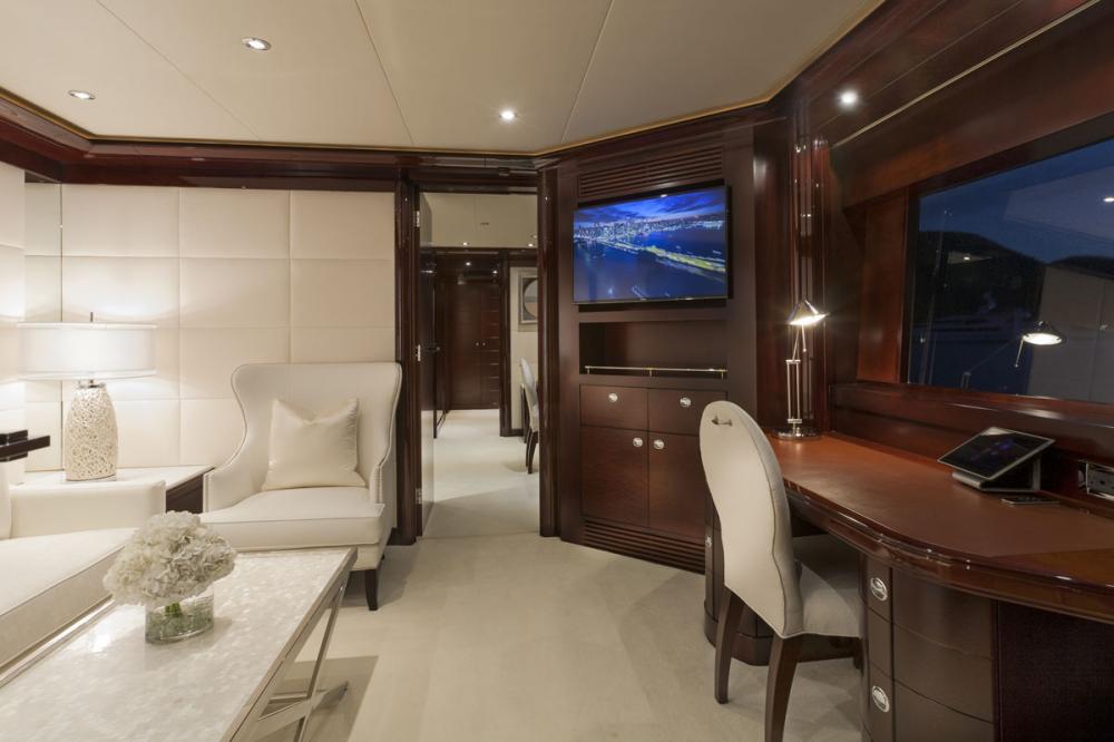 TRENDING - Luxury Motor Yacht For Charter - 1 MASTER CABIN - Img 2 | C&N