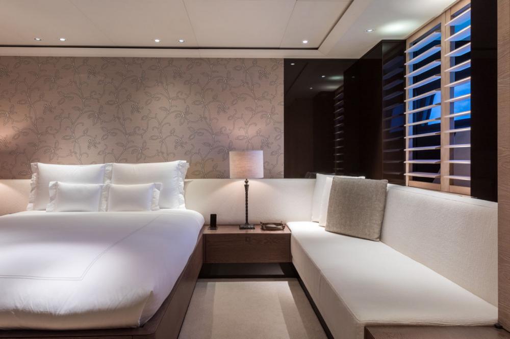 TWIZZLE - Luxury Sailing Yacht For Charter - 2 DOUBLE CABINS - Img 2   C&N