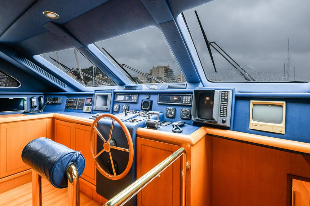 VIRGEN DEL MAR V - Luxury Motor Yacht For Sale - BRIDGE - Img 1   C&N