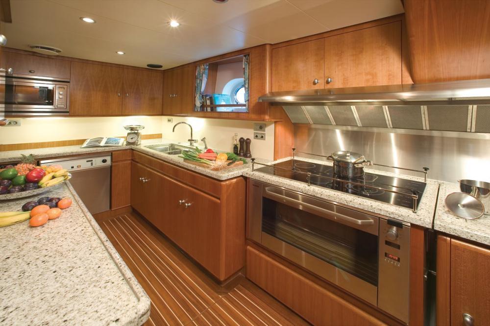 WELLENREITER - Luxury Sailing Yacht For Sale - GALLEY - Img 1   C&N