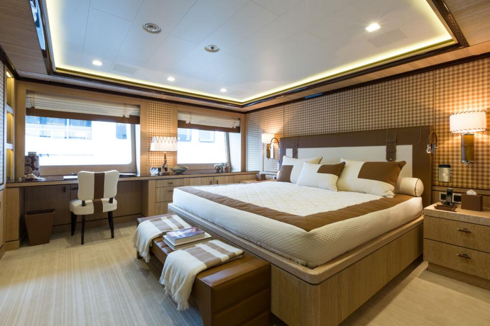 AXIOMA - Luxury Motor Yacht For Charter - 4 DOUBLE CABINS - Img 2 | C&N