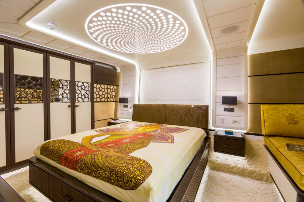 KHALILAH - Luxury Motor Yacht For Charter - 2 DOUBLE CABINS - Img 1 | C&N