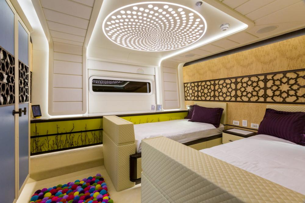 KHALILAH - Luxury Motor Yacht For Charter - 2 TWIN CABINS - Img 1 | C&N