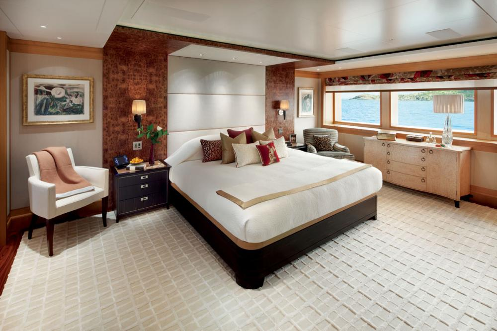 LADY BRITT - Luxury Motor Yacht For Charter - 1 MASTER CABIN | 4 DOUBLE CABINS | 2 TWIN CABINS - Img 1 | C&N