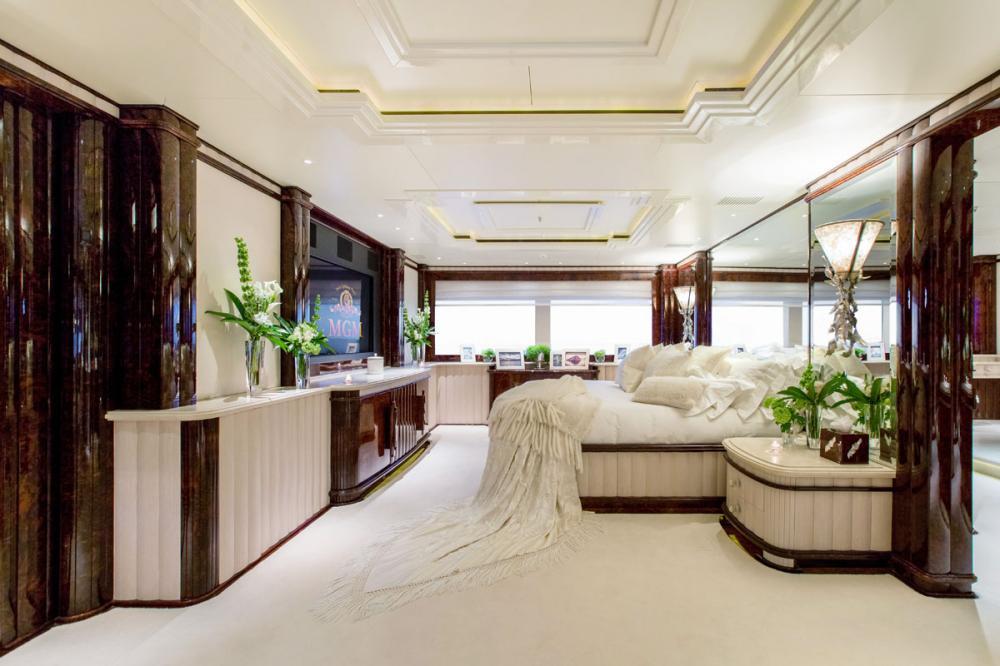 LIONESS V - Luxury Motor Yacht For Charter - 1 MASTER CABIN - Img 2 | C&N