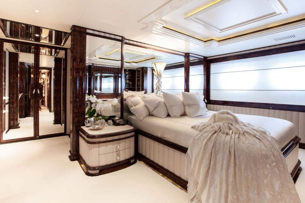 LIONESS V - Luxury Motor Yacht For Charter - 3 DOUBLE CABINS | 2 TWIN CABINS - Img 2 | C&N