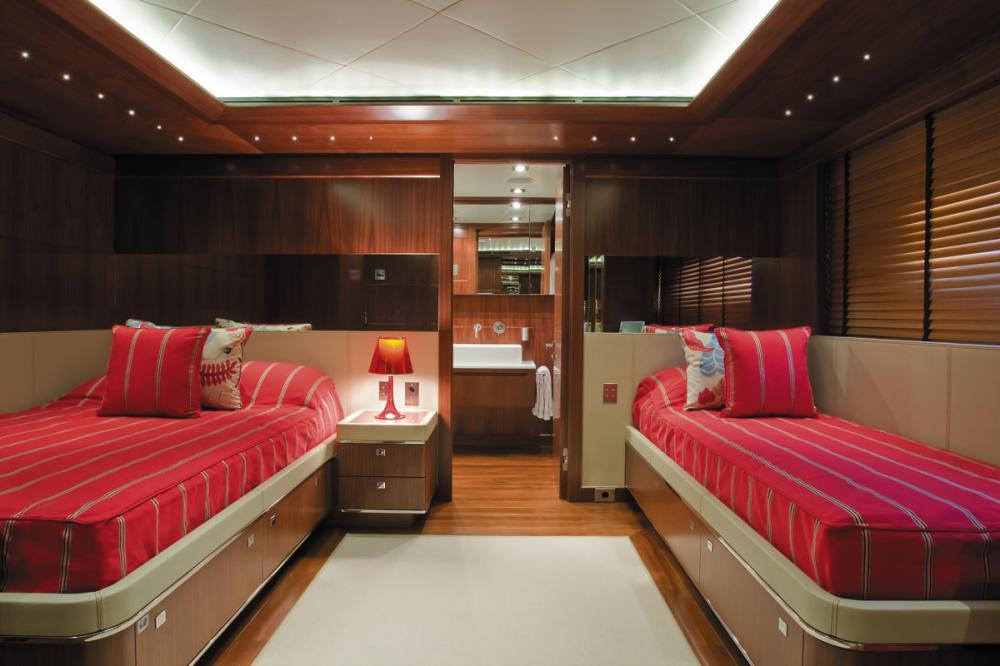 MARAYA - Luxury Motor Yacht For Charter - 2 TWIN CABINS - Img 1 | C&N