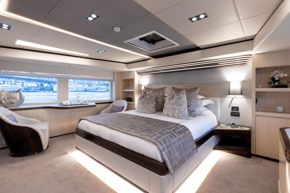 ONEWORLD - Luxury Motor Yacht For Charter - 1 MASTER CABIN   2 DOUBLE CABINS   2 TWIN CABINS - Img 1   C&N