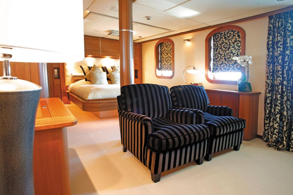 SHERAKHAN - Luxury Motor Yacht For Charter - 12 GUEST CABINS - Img 4 | C&N