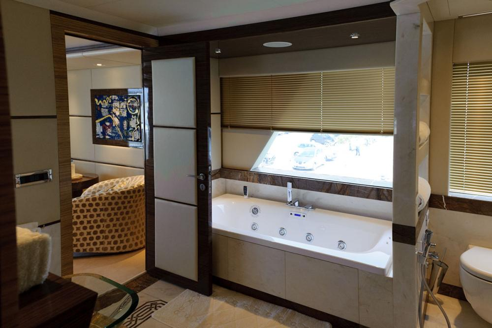 I SEA - Luxury Motor Yacht For Charter - 1 MASTER CABIN - Img 4 | C&N