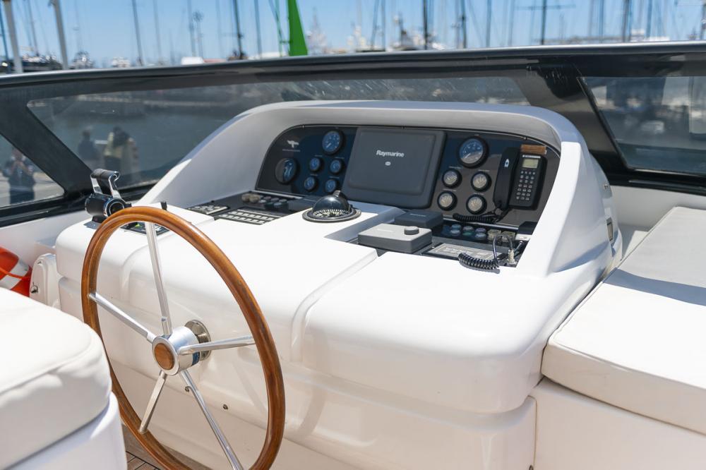 STRAVAGANZA - Luxury Motor Yacht For Sale - BRIDGE - Img 2   C&N